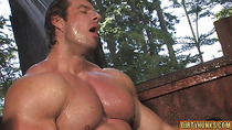Big dick bodybuilder anal sex and cumshot