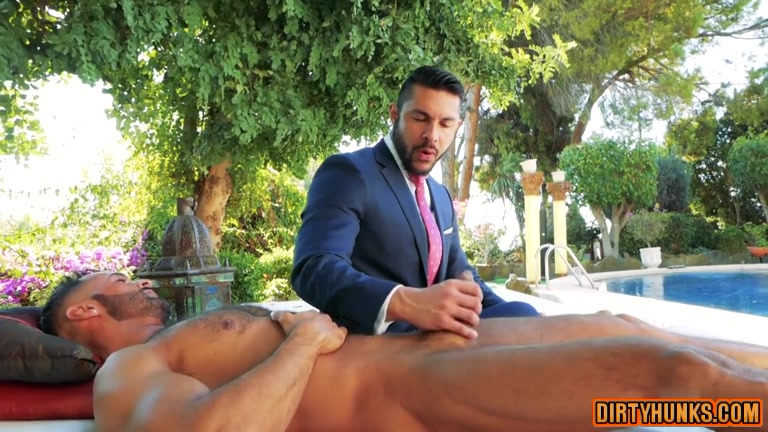 Muscle homosexual butt sex with cumshot