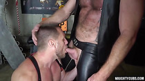 Hairy gay anal rimming with cumshot