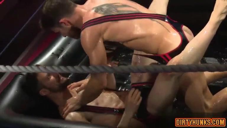 big cock jock oral sex with cumshot