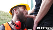 Bearded cock sucker orally services a big one for cash